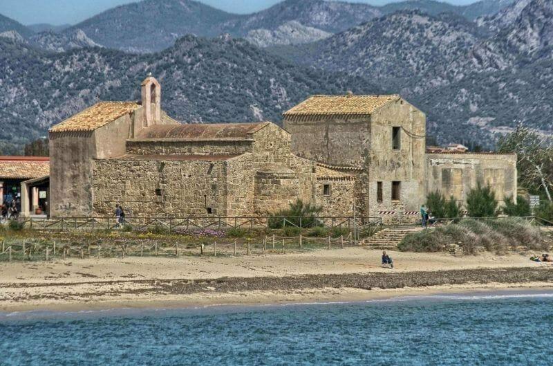 Sant'Efisio church, Nora